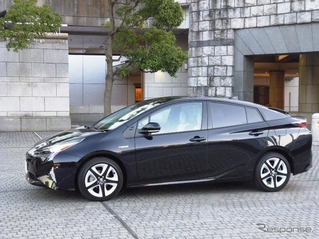 "Toyota Prius A premium ""touring"""