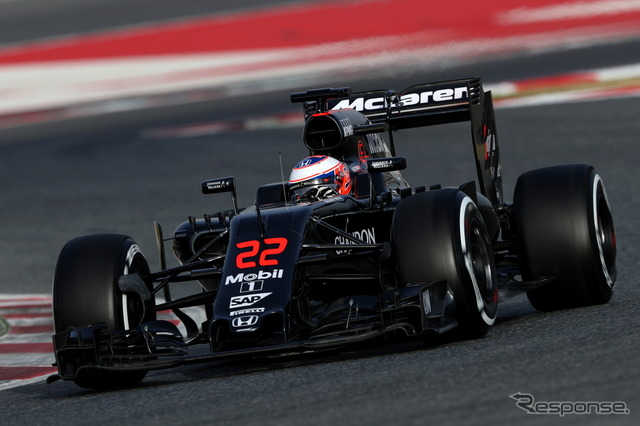 Jenson Button favorably finishes first day of test driving (McLaren)