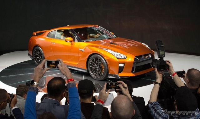 2017 of the Nissan GT-r type (New York Auto show 16)