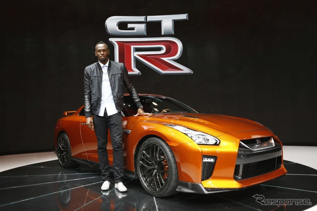 2017 Nissan GT-R and Usain Bolt at 2016 New York International Auto Show