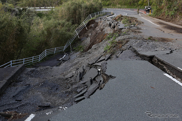 In the Kumamoto earthquake collapsed Highway