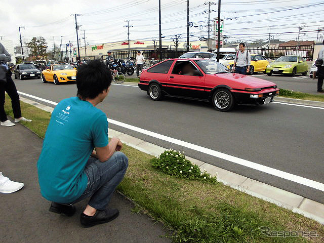 "OHMI Shuhei's automotive business, car engineering group manager, Dee, Ltd. (DeLorean ""DMC-12"" special ride by Annika, 4/23, Shonan South T-SITE)"