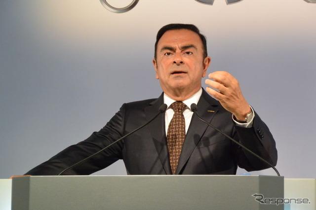 นิสสันมอเตอร์บริษัทคาร์ลอส Carlos Ghosn ประธาน และซีอีโอ (ภาพ)