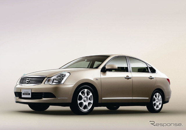 Nissan Bluebird sylphy, special specification ナチュラルリミテッド