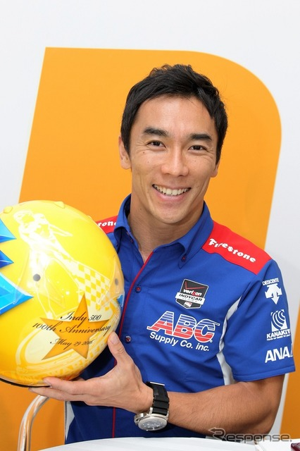 Takuma Sato, for the final special color helmet publishing (100 Indianapolis 500)