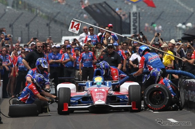 No. 100 times INDY500 pit-stop competition