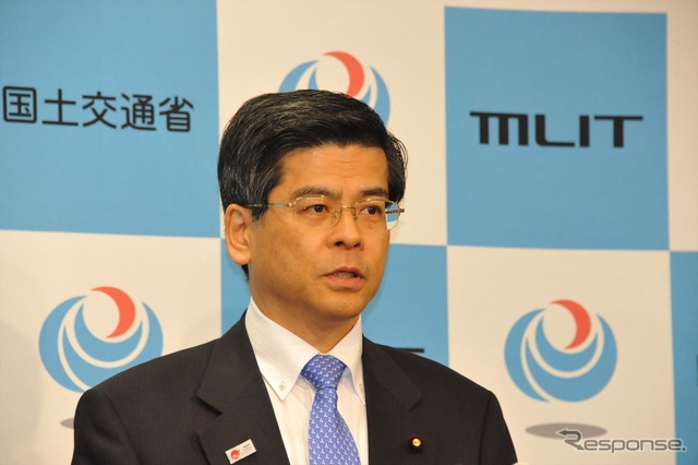 Ishii Minister spot congestion of the highway to come up with (21)