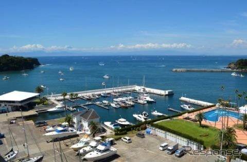 Koami stared and seabornia Marina sea station