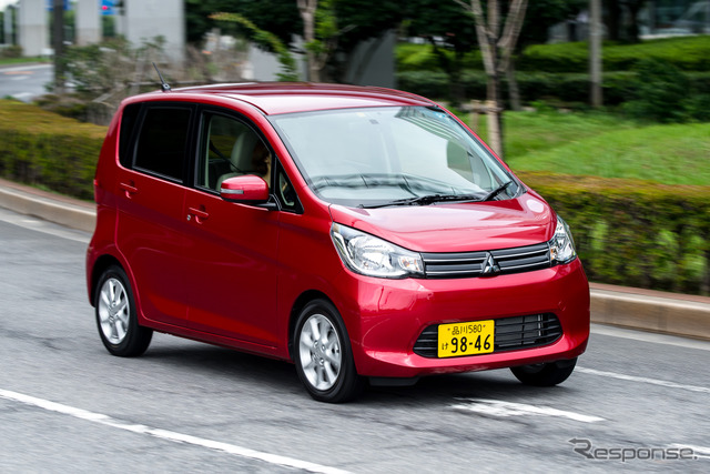 Mitsubishi eK wagon (the reference image)