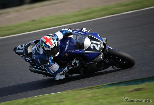 "By 2015, won the race in ""YAMAHA FACTORY RACING TEAM"