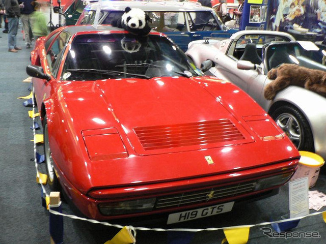 [Classic car show 07: Ferrari 328 GTS also appear