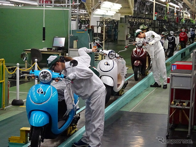 Kumamoto factory Honda Giorno production line (the reference image)