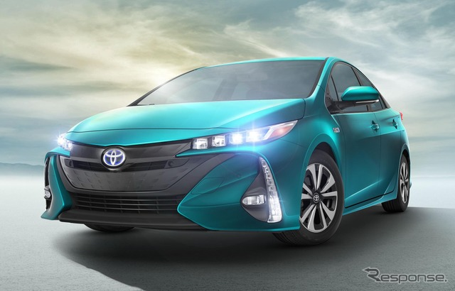 New Toyota Prius PHV