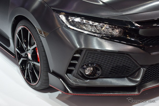 Honda Civic Type R Prototype (2016 Paris Motor Show)