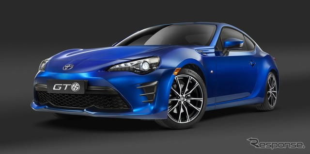 The 2017 Toyota GT86 (the 86, in Japan)