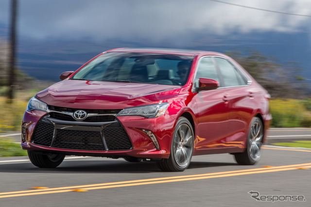 2017 Toyota Camry for US