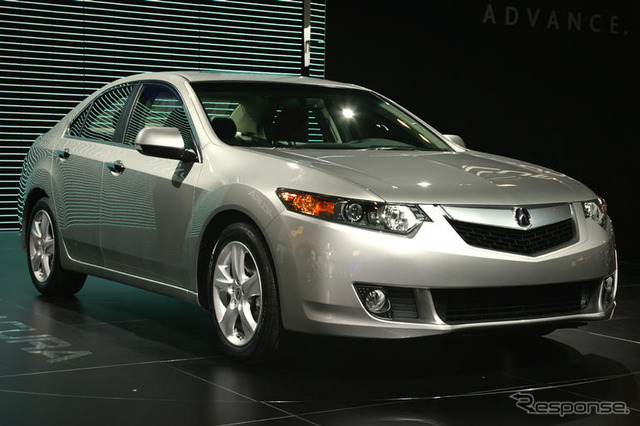[New York Motor Show 08] Acura TSX... Entries & premium