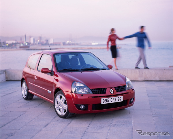 Renault Clio 2 2 Second generation, to photo: Renault/DINGO