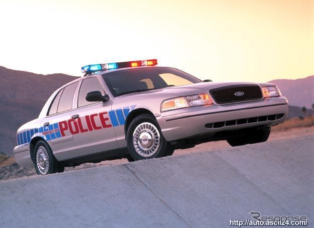 Crown Victoria police car specifications, photo: Ford/Wieck