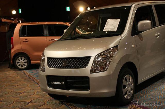 """De acuerdo con el Japón mini vehículos Asociación anunciaron coche mini también puede nombrar otra venta de coches nuevos, de Suzuki wagon R """"13736 unidades disminuyeron 13,5% de disminución, se convirtió en la parte superior."""