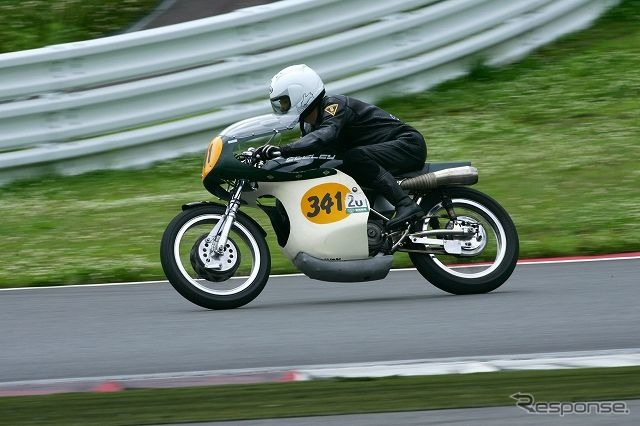 Amateur rider on June 5, motorbike racing game 1.