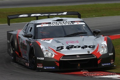 SUPER GT fourth round, held in the sport land SUGO, Miyagi Prefecture, won by Nissan's GT-R' Yanagida shinkou / Ronnie quintarelli pairs