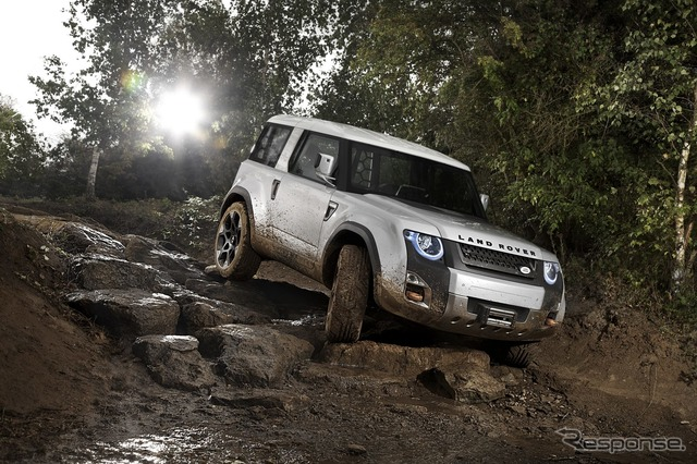 Concept car suggesting successor to Defender, Land Rover DC100