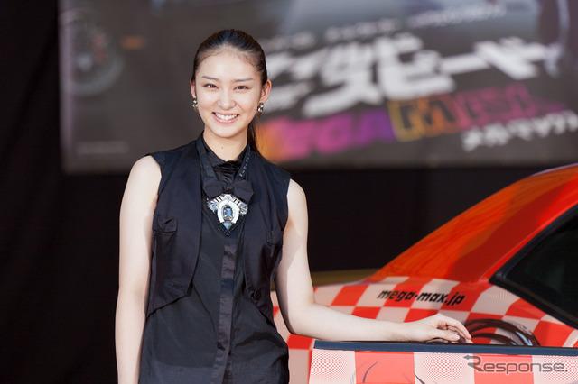 Takei Saki, movie ' wild speed MEGA MAX ' show original car