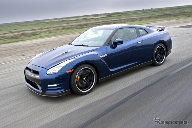 Nissan GT-R 2012 type North America specifications