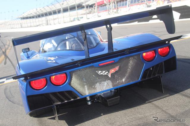 จะลงทุนในแบบตัวอย่าง grandam ชุด 2012 เชฟโรเลต Corvette Daytona