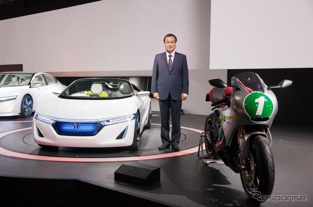 Tokyo Motor Show 2011 Honda booth