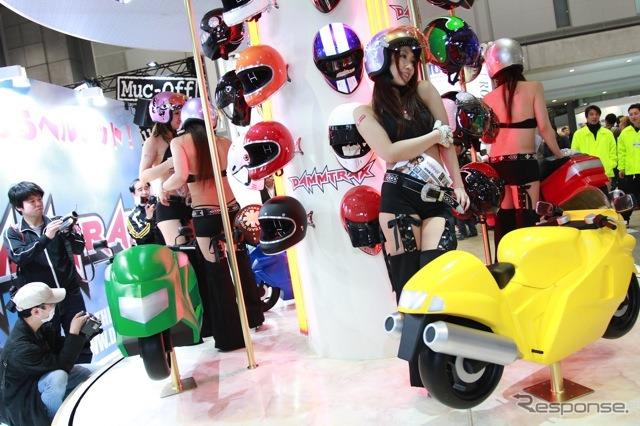 Dumptrucks (Tokyo motorcycle show 12)