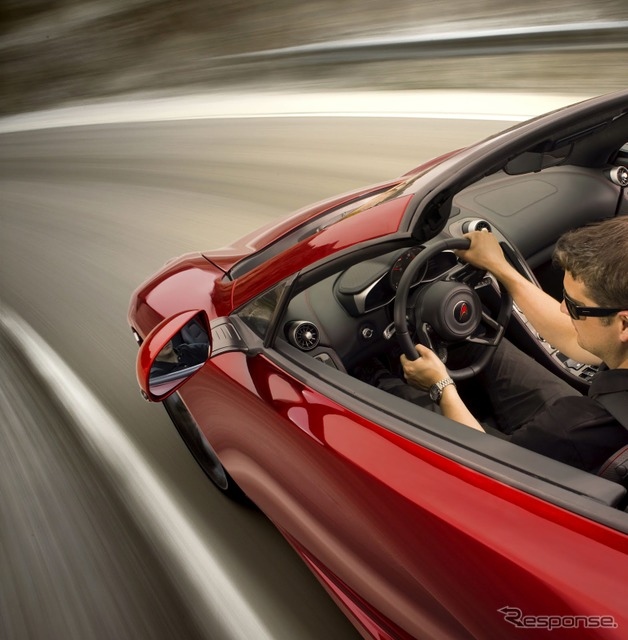 Mclaren MP4-12C Spider teaser photo