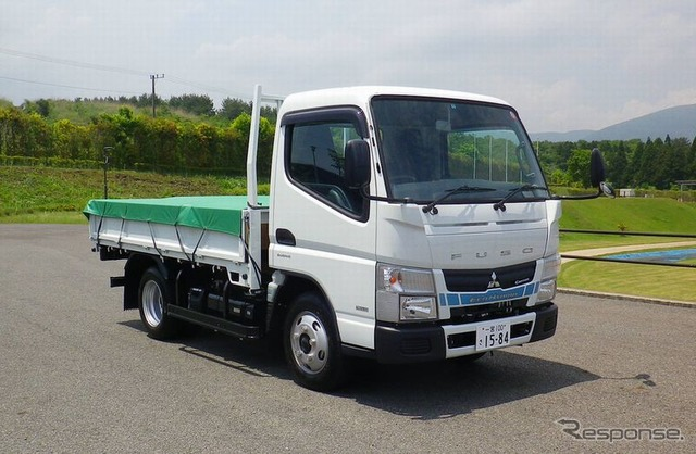 Nissan And Mitsubishi Fuso Tie Small Truck Agreement
