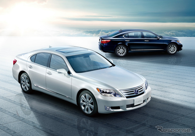 Lexus LS600hL (current model)
