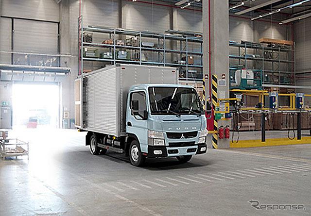 Kecil truk baru Canter (untuk Turki spesifikasi mobil)