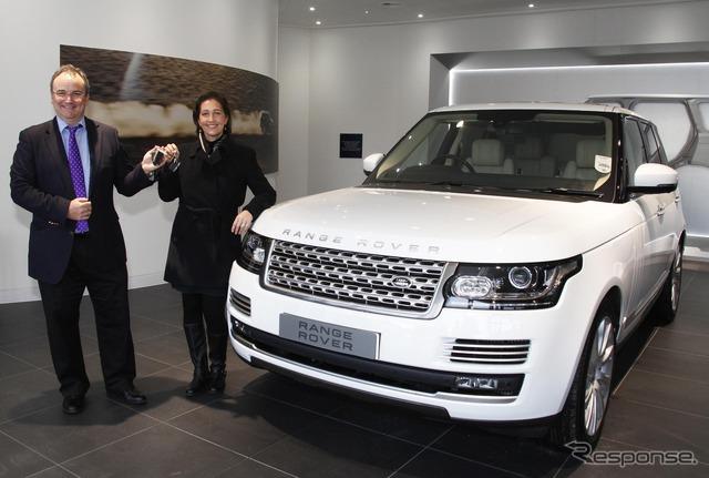 รถยนต์ 1 ช่วงใหม่โรเวอร์ในสหราชอาณาจักรนำการผลิตลูกค้า