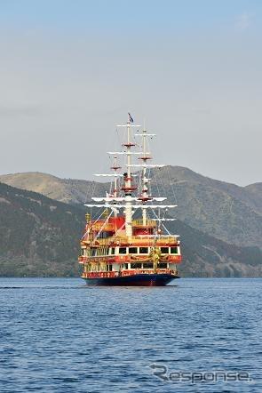 Hakone ashino-Lake sea Pirate ships Royal II