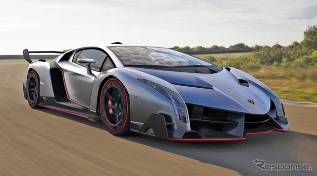 Leak pictures of Lamborghini VENENO told the Czech automotive media, 'autoforum.cz'
