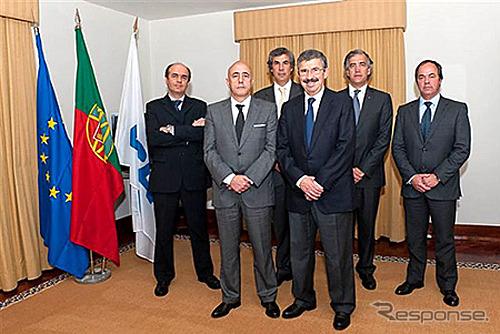 Jorge Rosa MFTE Presiden menduduki jabatan sebagai Ketua ACAP ( kiri kedua )
