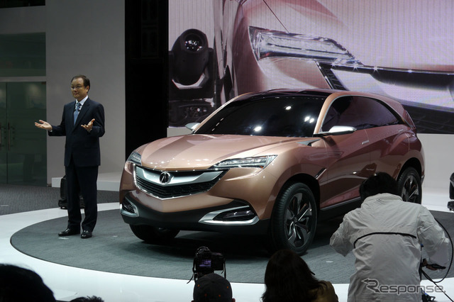 Honda introduced the Acura Concept_SUV-X takanobu Ito President