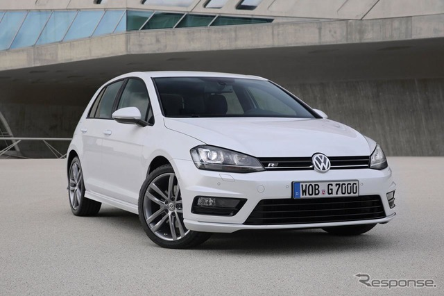New Volkswagen Golf R line
