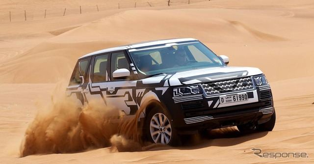 รถแลนด์โรเวอร์พัฒนาทดสอบในทะเลทราย