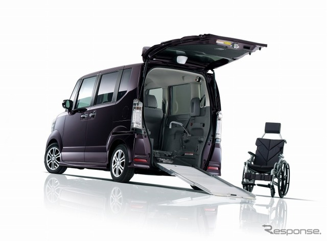 Honda-N BOX + wheelchair-accessible vehicle