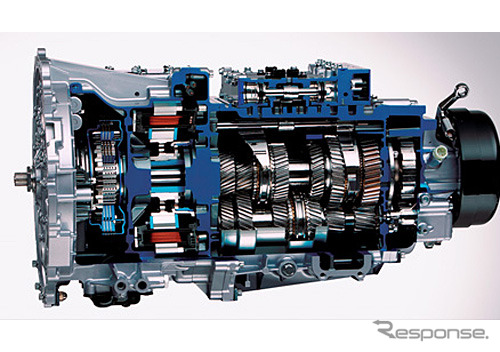 Built-in transmisi dual-clutch motor untuk hibrida デュオニック