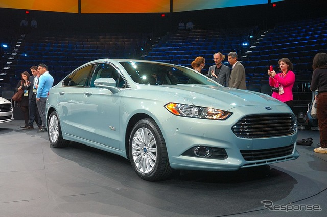 Plug-in hybrid for the new Ford Fusion, fusion energy 12 Detroit Motor Show
