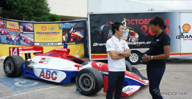 Participate in events in Houston, Takuma Sato