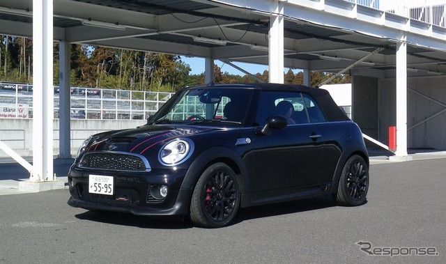 MINI convertible JCW John Cooper works