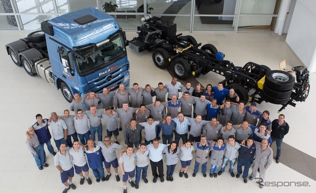 Brazil total production of the Mercedes-Benz commercial vehicles reach the 2 million units
