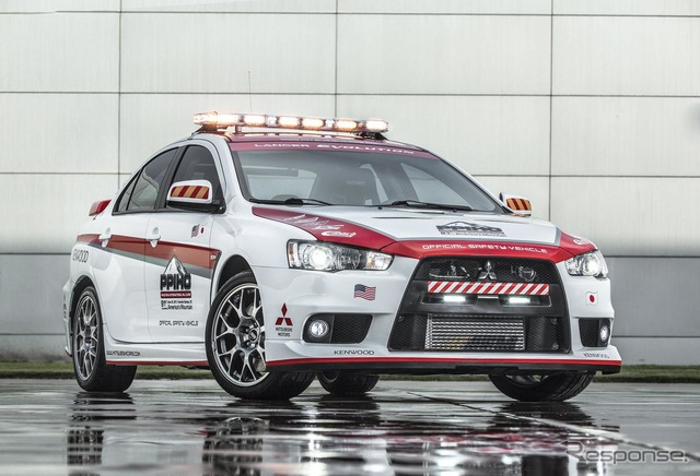 New model Outlander and Mitsubishi Lancer evolution was named Pikes Peak official セーフィティビークル